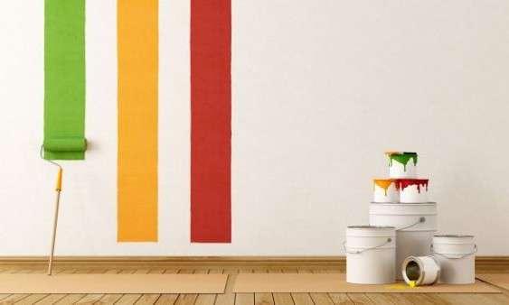 Come calcolare la quantità di vernice necessaria per dipingere le pareti?